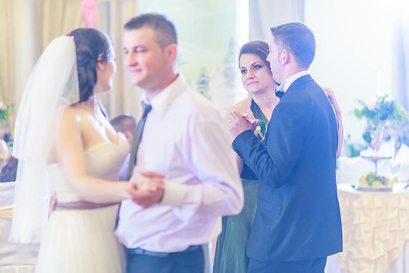 FOTOVIVA Fotografii de nuntă  Sinaia