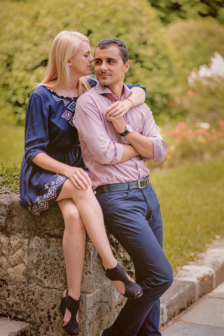 FOTOVIVA Fotografii logodnă  Grădina botanică București